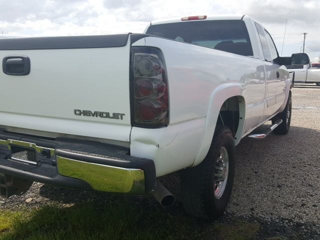 Pre-Owned 2004 Chevrolet Silverado 2500HD LT