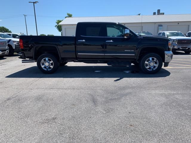 New 2019 GMC Sierra 2500HD SLT