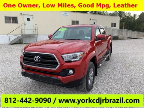 Pre-Owned 2017 Toyota Tacoma SR5 RWD 4D Double Cab